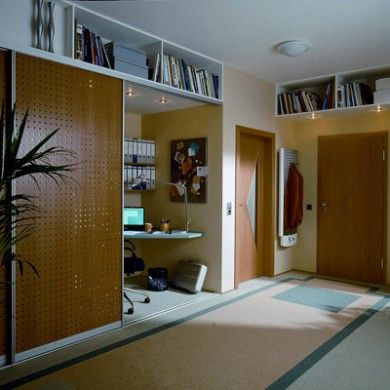 The type of panels you choose alter the look of your closet door.